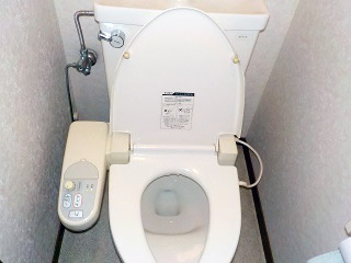 TOTO トイレ CS330BM 施工前