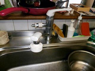 TOTO キッチン水栓 TKGG32EBR 施工前