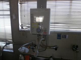 ノーリツ 瞬間湯沸器 GQ-521MW-13A 施工前