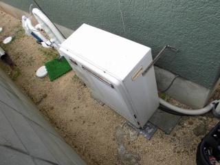 ノーリツ ガス給湯器 GRQ-C2452SAX-2-BL-13A-20A 施工前