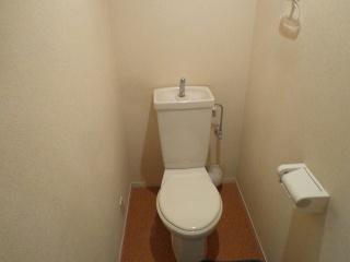 リクシル トイレ TSET-LC1-IVO-1-155 施工前