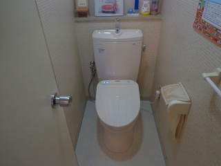 TOTO トイレ CS230BM–SH231BA-SC1 施工後